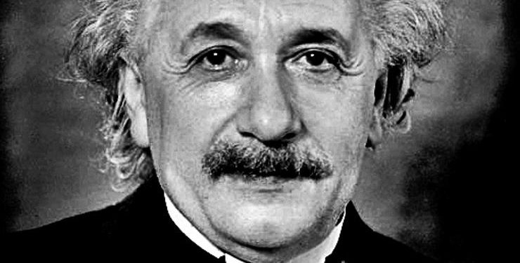 FOTO: A. Einstein (Wikipedia)