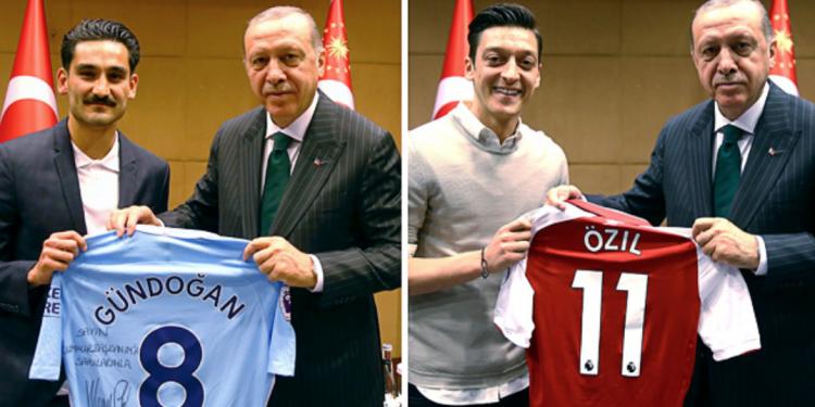 FOTO: Gundogan, Ozil, Erdogan (Getty images)