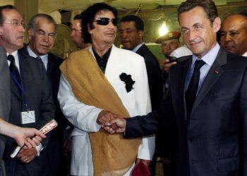 FOTO: Sarkozy, el-Gaddafi (POOL New/REUTERS/PIXSELL)