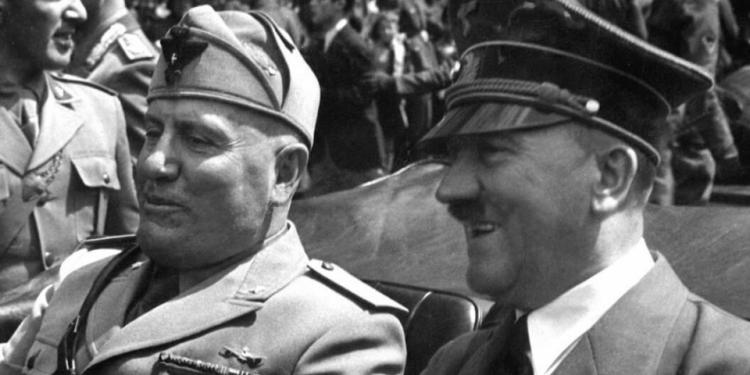 FOTO: Musolini, Hitler (Wikipedia)