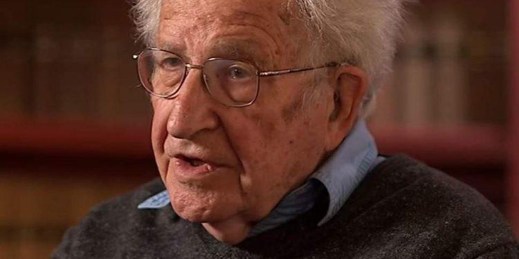 FOTO: Chomsky (BBC Newsnight)