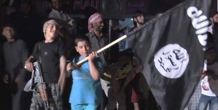 FOTO: ISIL-ova propaganda (YOUTUBE)