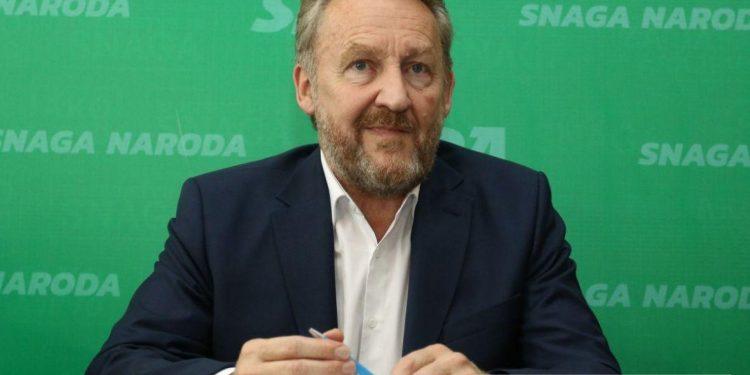 FOTO: Izetbegović (Radiosarajevo)