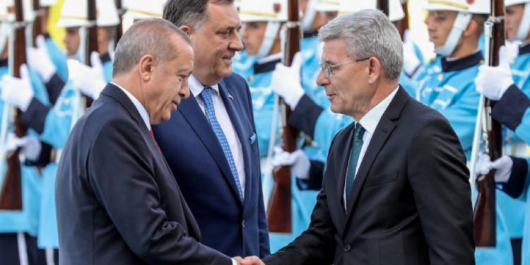 FOTO: Erdogan, Dodik, Džaferović (AFP)