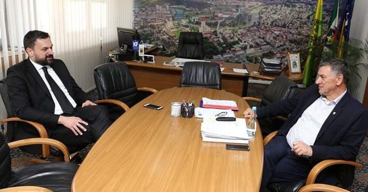 FOTO: Konaković, Kasumović (Agencije)