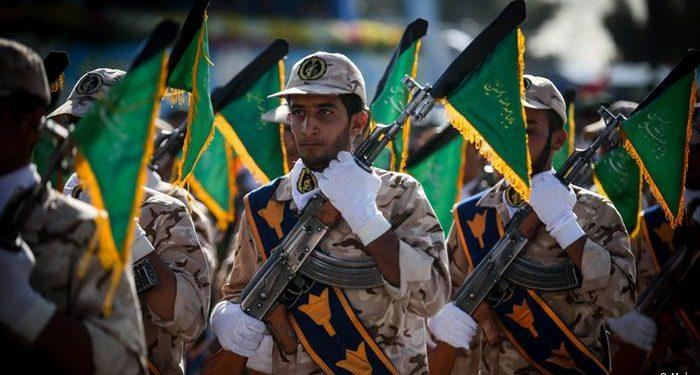 FOTO: Iran Revolutionswächter Sepah Militär Armee (Mehr)